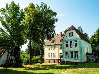 La maison dans laquelle a grandi la chancelière Angela Merkel, à Templin (Allemagne), le 10 septembre 2021 - John MACDOUGALL [AFP/Archives]