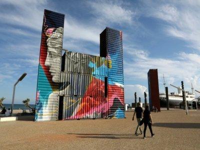 Au Barcarès, le 17 septembre 2021, les containers réalisés par des artistes de renom - RAYMOND ROIG [AFP]