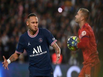 Neymar buteur sur penalty lors de la victoire parisienne sur Lyon au Parc des Princes, le 19 septembre 2021 - FRANCK FIFE [AFP]