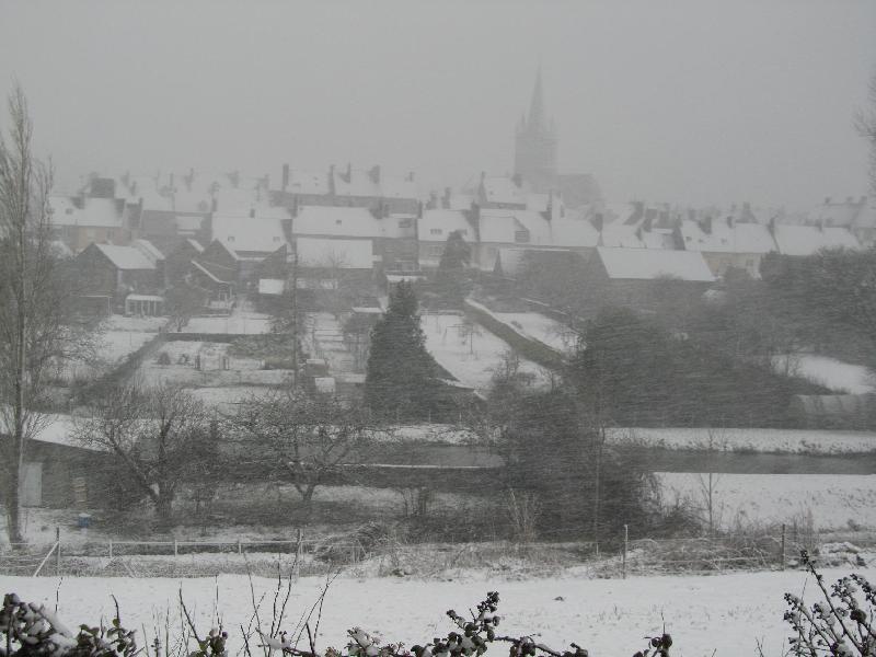 Tempête de neige également sur Montebourg. - Varin