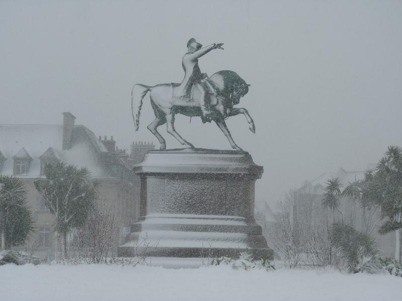 La neige n'effraie pas Napoléon... - Caradec