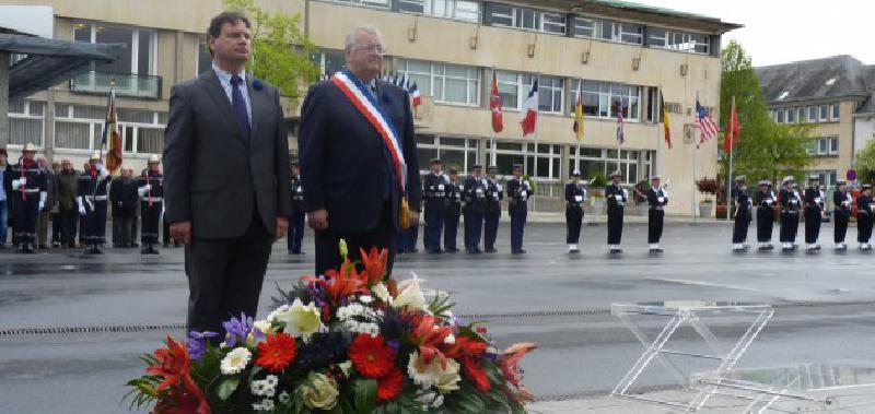 Philippe Gosselin, député de la Manche, et François Digard, le maire de Saint-Lô. - Lebranchu
