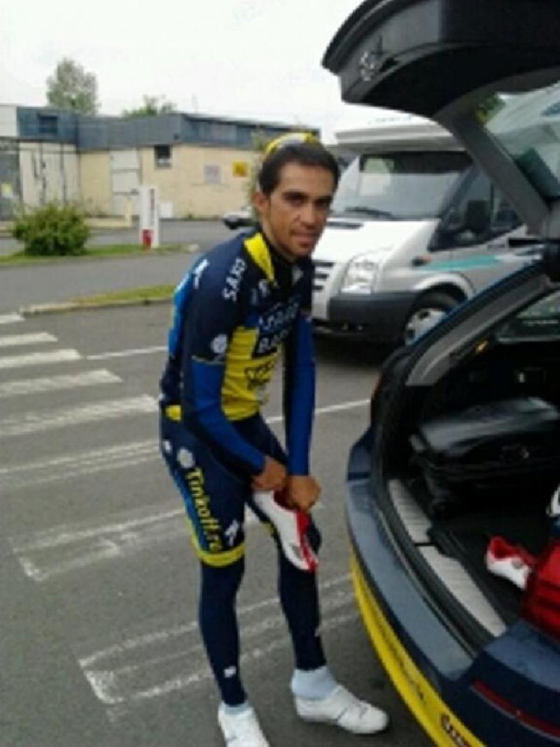 Alberto Contador à Avranches le 10 juin - reproduction interdite