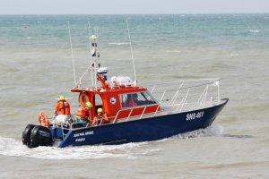 Opération de sauvetage pour un kite-surfeur en difficulté dans le Calvados