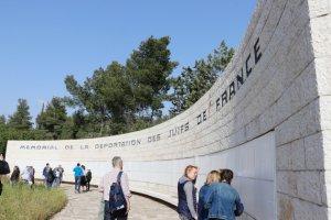 Israël : hommage aux 101 juifs manchois déportés à Roglit